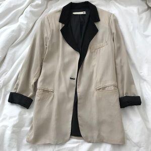 Beige/Black Detail Blazer